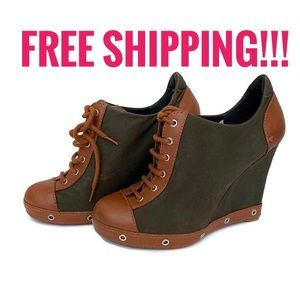 Marc by Marc Jacobs Lace Up Wedge Booties Sz 37.5